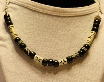 Black & White Bone Necklace #10-080115
