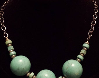 Turquoise and Silver Necklace (N15)