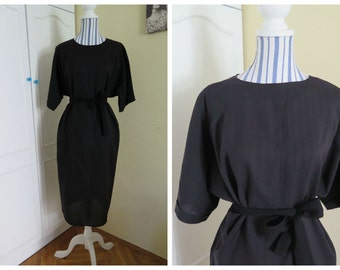 Black dress XL 50s 60s with bat sleeves