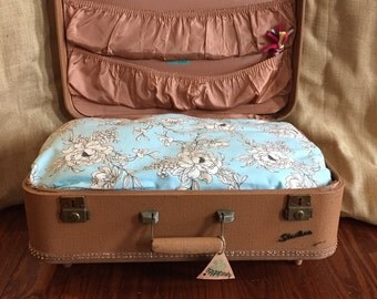 Vintage suitcase pet bed - Starline