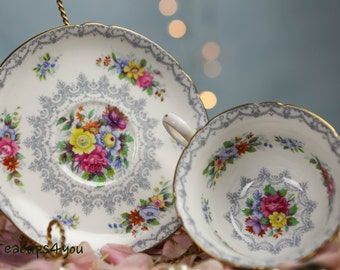 Shelley Crochet Teacup and Saucer with gold trim GVC