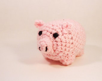 Amigurumi stuffed teacup piggy