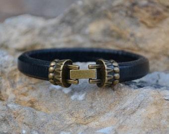 Black Leather Bracelet/Antique Brass Snap Clasp/Men's Bracelet