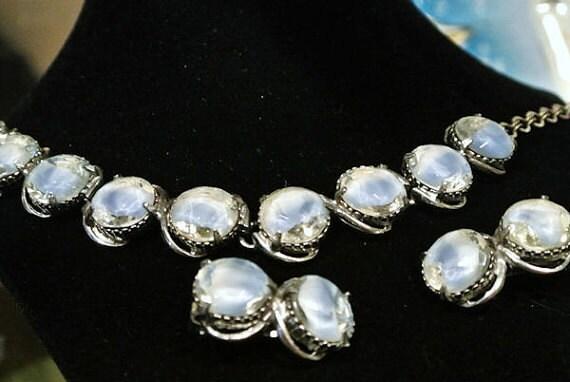 Rhinestone Necklace Earrings Set / Mid Century Fashion / Wedding Jewelry / Givre Art Glass