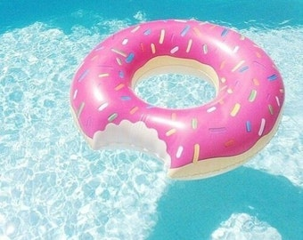 4ft Donut Floatie for Summer Pool Parties