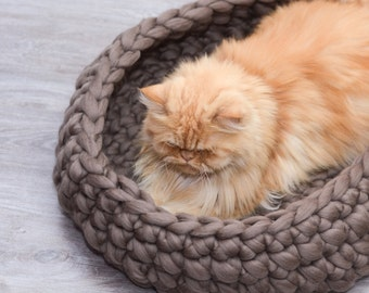 Cat Bed, pet bed, cat furniture, pet basket,  merino wool, choose color