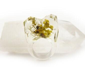 Asymmetrical Faceted Terrarium Ring • Size 5 • Eco Resin Moss Ring • Unusual Art Nature • Faceted Terrarium • Geometric Terrarium Ring