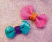 Sale: 2 Felt Bow Hair Clips