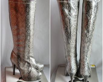 Vintage Platform Boots Python Print / size 6 .5 m  Eu 37 Uk 4  / 90s CLUB KID Grunge / Embossed VINYL Stretch Vegan High heels