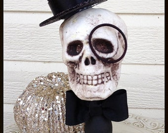 The Count:  A Whimsical Halloween Decoration Halloween Ornament Day of the Dead