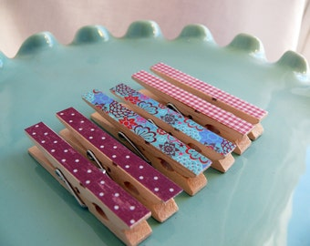 Decorative Decoupaged Clothespins Memo clips ---Ruby  Gifts Under 5 Dollars Hostess Gift, Organization, Home Office, Kitchen