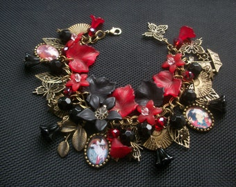 Geisha Girl Madam Butterfly Glass Pictures Charm Bracelet