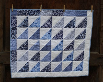 Beautiful Baby or Toddler Girl Pieced Machine Quilted Baby Quilt