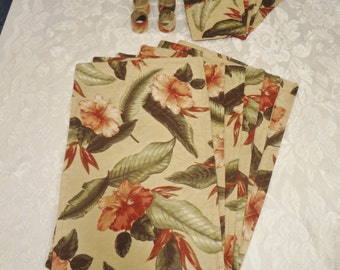 PLACEMATS, Silverware Pockets, Napkin Rings - Set of 18 Pieces - Beige Tropical Floral - TLS912005