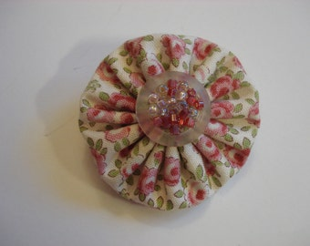 Vintage Stacked Button and Fabric Yo-Yo Brooch - Pink Floral Fabric - Confetti Button - Hand Crafted