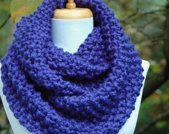 Cobalt Blue Infinity Scarf, Chunky Knit Scarf, Circle Scarf, Women Scarf, Hand Knit Infinity Scarf,  Knitted Scarf, Winter Scarf, Wool Scarf