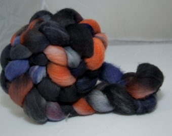 100g Handpainted Polworth Fibre in Halloween Colourway