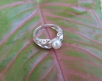 White Pearl Sterling Silver Ring Solid