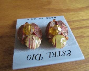 orange leaf clips