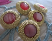 Vintage Buttons - 5 large matching embossed metalized plastic, gold, with acrylic pink center, (aug 303)