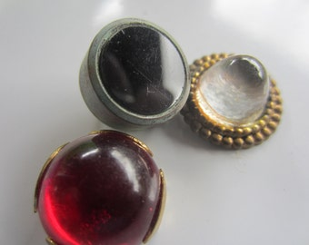 Vintage button- 3 assorted Cabochon Glass centers colors, clear ruby sapphire assorted metal settings (aug 343)