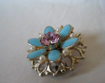 Flower Pink Blue Rhinestone Pearl Brooch Enamel Gold Vintage Pin