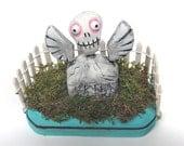 Leo Takes Flight - a little Halloween graveyard