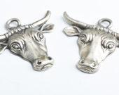 Bull Pendant Charms, 53xmm Steer Head Charm, Vintage Silver, 3 each 02847