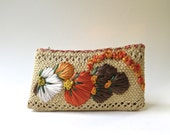 Vintage Woven Floral Straw Pouch / Jamaica Souvenir Pouch / Woven Straw Zippered Pouch