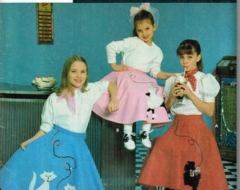Circular Poodle Scotty Scottish Dog, Cat Skirt Applique Halloween Costume Sewing Pattern Girls Simplicity 7210 0660 Child Size  8 10 12 14