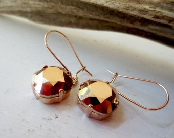 Rose gold earrings. Metallic brown earrings. Bezel earrings. Dangle earrings. Jewel earrings. Metallic bronze earrings.