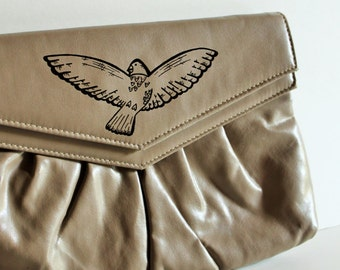 Christmas / Gift for Her / Vintage Purse / Vintage Clutch / Painted Purse / Bird / Vintage Bird / Bridesmaid Purse / Prom Purse