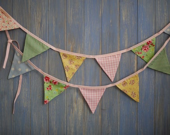 Small Classic Bunting. Wedding Bunting. Lovely 3m strand in florals, spots and ginghams.