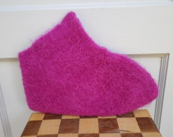 Bright Pink Wool Felted Slippers; Fuchsia Colored Wool Felted Slippers; Warm Slippers; Wool Slippers; Felted Wool Slippers