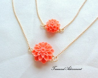 Mommy and Me Necklaces, Mum Flower Necklace set, Mother and Daughter Necklace set, Coral Pink, Salmon pin, Orange Mommy and Me outfits, pair