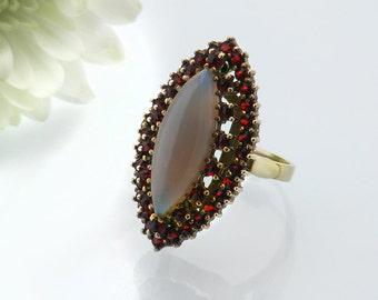 Vintage Marquise Ring | Garnet & Moonstone Ring | January Birthstone | Garnet Gold | Bohemian Garnets, Moonstone Navette | US 6.5, UK size N