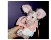 Artist Piggy 8inch Precious LE, German mohair, German glass eyes, jointed, dressed as shown