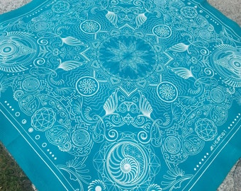 Nautilus Bandana- Teal and White