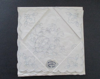 Tablecloth Topper Napkins Embroidery Cutwork Still New