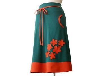 Long pocket skirt, Applique skirt, Green Skirt, Womens Skirt, Pocket Skirt, Green Skirt with Orange Applique, Stretchy Skirt, A line Skirt