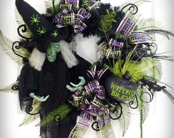 Wicked Witch Wreath * Halloween Wreath * Black and Green Wreath * Witch Halloween * Witch Decor * Black Cauldron * Front Door Wreath