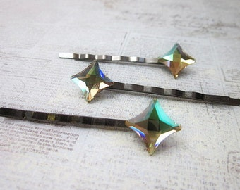 Star Hair Clip -- Green Hair Star -- Sparkling Bobby Pin -- Crystal Hair Stars -- Light Green Hair Pin -- Green Swarovski Hair Pin --Starlet