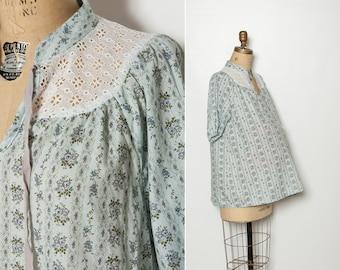 vintage 1970s maternity blouse blue floral top