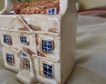 Vintage Ceramic Georgian Heritage House
