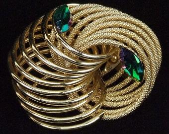 Large Stunning Vintage Art Deco Style Gold Tone Twisted Rope Jacket Coat Brooch Two Emerald Green Diamond Shaped Rhinestones ATCTTEAM TNTeam