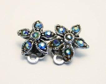 Vintage earrings. Blue crystal earrings. Clip on earrings. Flower earrings