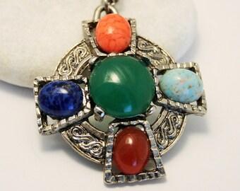 Vintage pendant. Celtic pendant. Scottish agate pendant.  Vintage jewellery