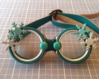 OOAK Blythe Teal Steampunk Goggles by Kaleidoscope Kustoms - Snow Glow