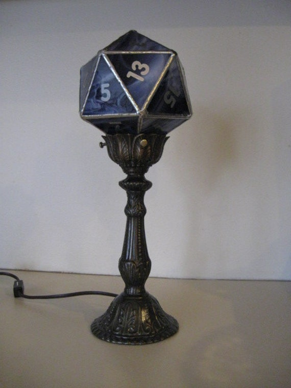 Dice lamps with metal base