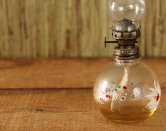 Antique Oil Lamp, Small Cabin Kerosene Lamp, Small Glass Lamp, Hurricane Lamp, Hand-painted Lamp, Collectible Glass Lamp, Farmhouse Decor